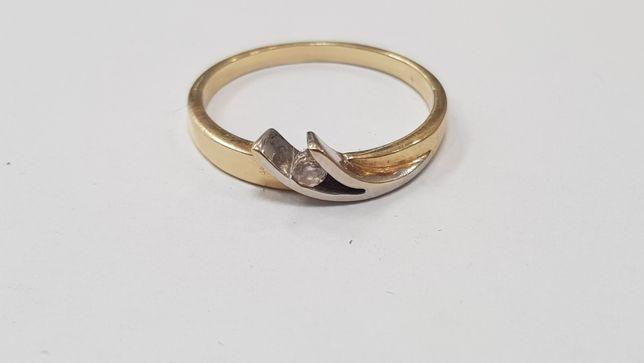 Piękny złoty pierścionek/ 585/ 2,19 gram/ R16/ sklep Gdynia/ Gdynia - image 1