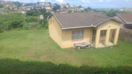 A 4room house for sale at ilovu B, big land.