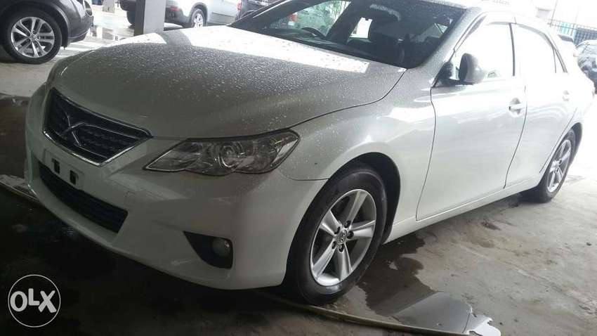 Toyota Mark x New shape fully loaded 2011 with sunroof 5b4s grd 5 0