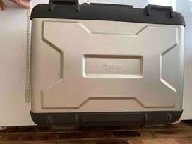 BMW Extendable Top box