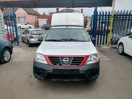 2019 Nissan Np200 1.6i with a Canopy