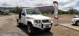Toyota landcruiser v8 towtruck / breakdown