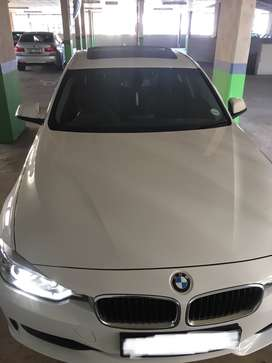 BMW 320i For Sale R269,000