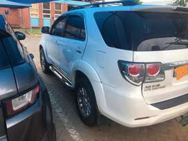 2014 Fortuner limited edition one owner spare keys