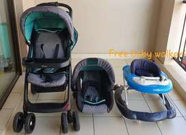 Bounce Stroller and car seat