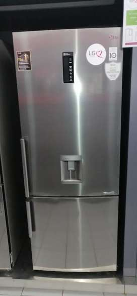 LG Fridge never been used