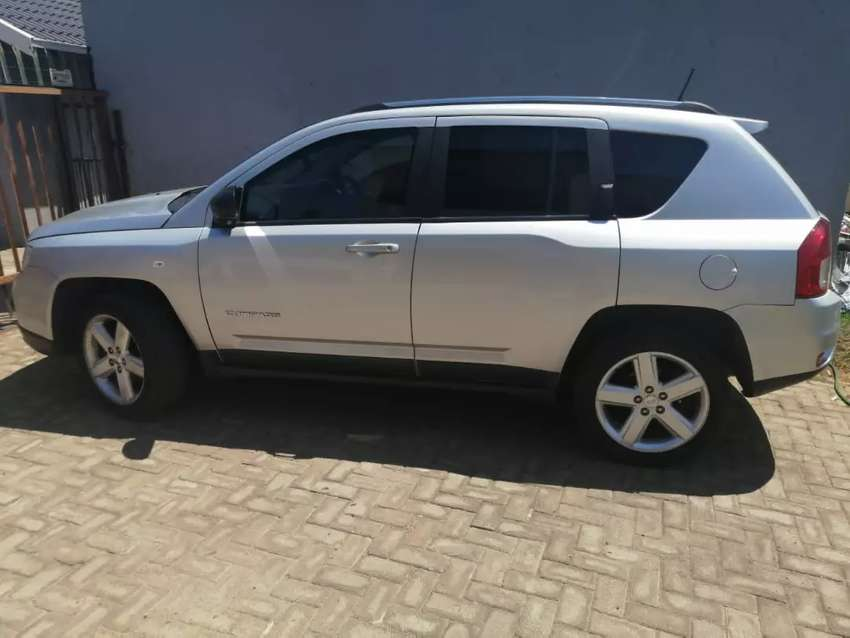 Jeep compass for sale family car 0