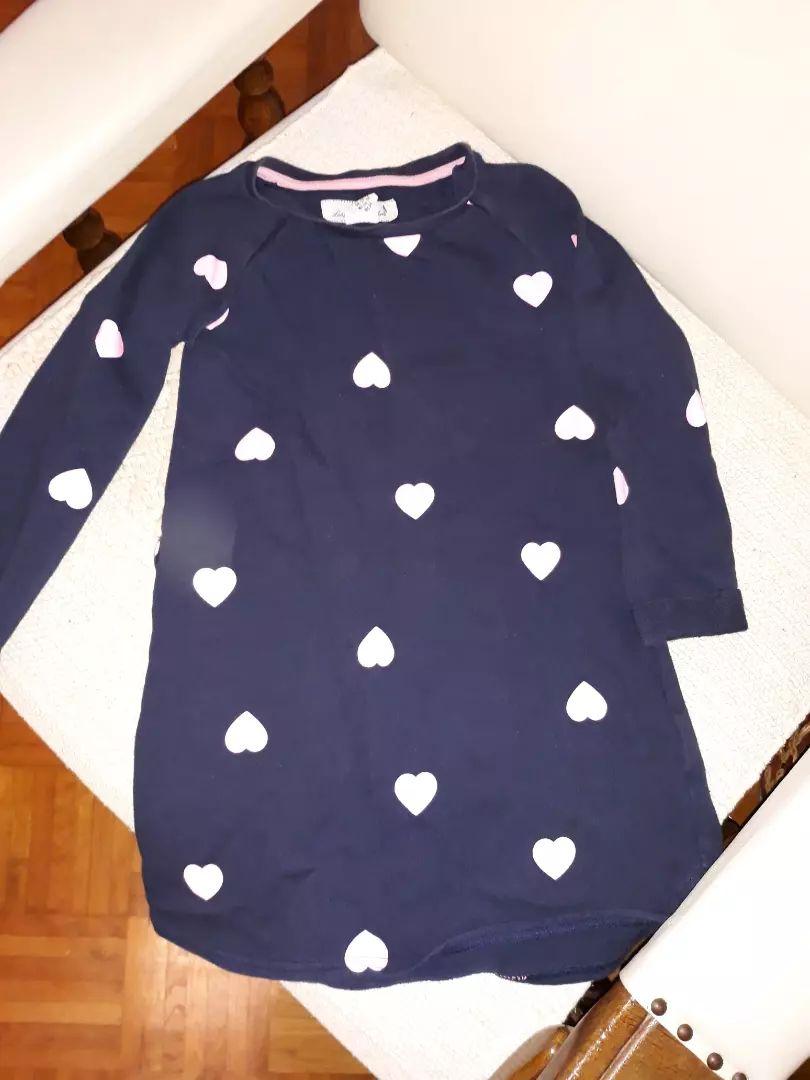 Odjeća i obuća za djevojčice 0