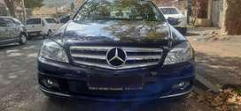 MERCEDES BENZ C 180 IN EXCELLENT CONDITION, PRICE NEGOTIABLE