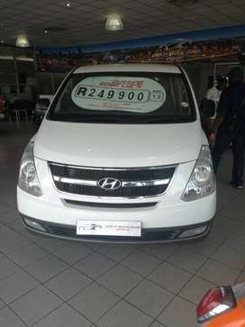 2012 Hyundai H1 2.5 Turbo Diesel engine