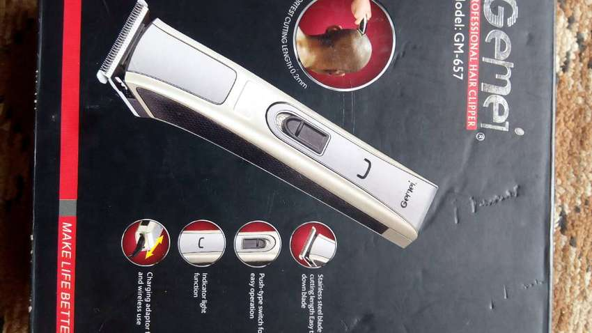 RECHARGEABLE CLIPPER 0