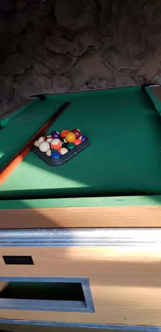 Snooker pool table needs attention. Not slate. Not coin operated 0