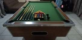 Marble Top Pool Table IMMACULATE CONDITION
