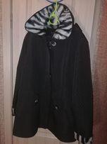 Пальто. Осеннее. Тёплая зима. Женское. Чёрное. Принт.