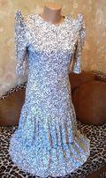 Продам платье летнее трикотаж с воланами приталенное р-р 40 Франция