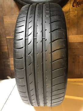 235 50 R18 Dunlop Run Flat Tyres (90% Thread)