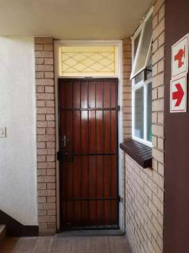Two and halff flat to rent in pretoria north
