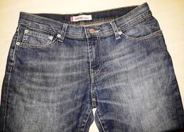 """Продам джинсы фирмы """"Levis"""" (Марокко)."""