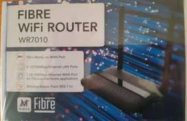 FIBRE WI-FI ROUTER BRAND NEW STILL IN ORIGINAL PACKAGING