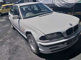 1999 BMW E46 318i BREAKING UP FOR SPARES