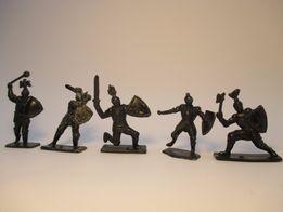 Солдатики рыцари 5 шт.