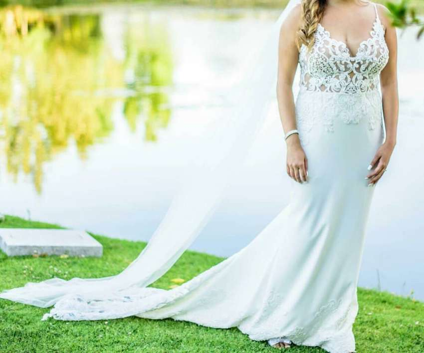 Custom made Renè H Couture wedding dress for sale