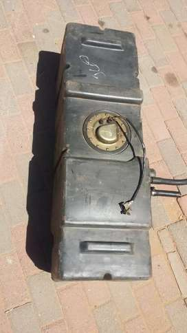 Nissan hardbody NP300 2.7d fuel tank for sale