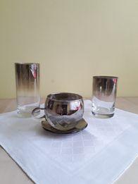 2 Komplety szklanek, filiżaneki , podstawki