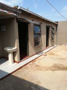 Rooms to rent at Riverlea