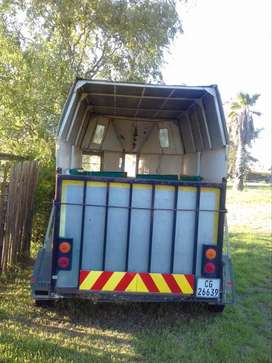 DOUBLE HORSEBOX FOR SALE
