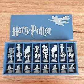 Harry Potter Chess Set and Box 3D Printed
