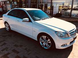 Very neat and well maintained Mercedes-Benz C300 with very low mileage