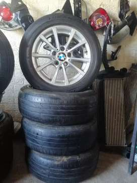 Complete set tyres and rims for BMW 205/60 rim 16