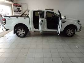 WHITE FORD RANGER XLT 3.2 6-SPEED 4X4
