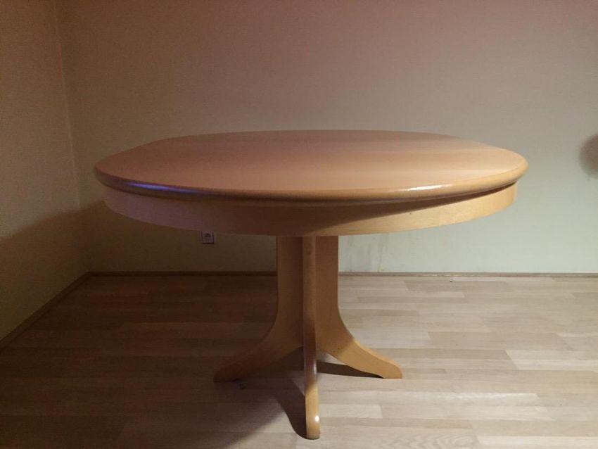 Jídelní stůl 0