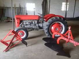 Mf Tractor / Implements