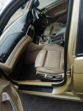 BMW E46 318l , Driving, sun roof, and clean body.
