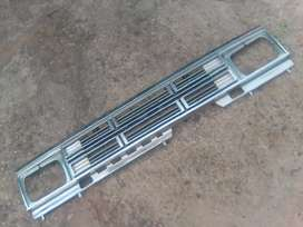 Nissan hard body box shape grill for sale