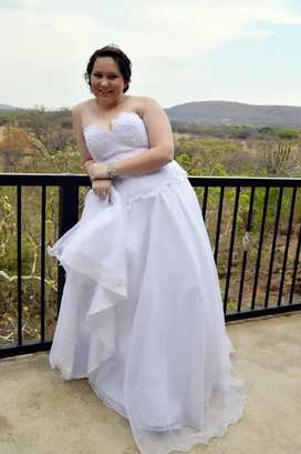 Wedding dress size 34-38
