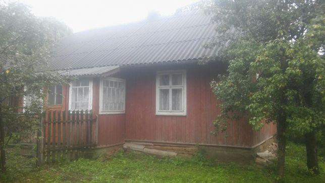 Продам деревяний будинок в селі Бірчиці. Самбірського району