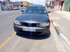 2007 BMW 118i 1series, with reverse camera, sunroof and history serv