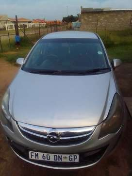 Opel Corsa hatchback 1.3cdti 2012 model