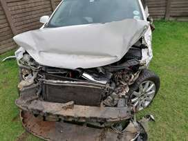 We buy running or any accident damaged or non runner vehicles for cash
