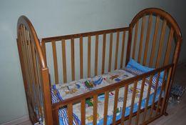 Детская кровать деревянная б/у с матрасом и защитой 900 грн.