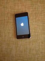 Продам ipod touch 2g на 8gb
