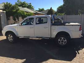 I am selling an immaculate Tata Xenon 2011, Diesel Bakkie 2.2