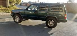 jeep cherokee xj ,4.0l high output,2003 model,daily runner