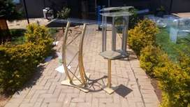 Golden Steel Beautiful Podium With Gold Side Table