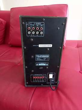 Selling a telefunken subwoofer and a philips dvd player