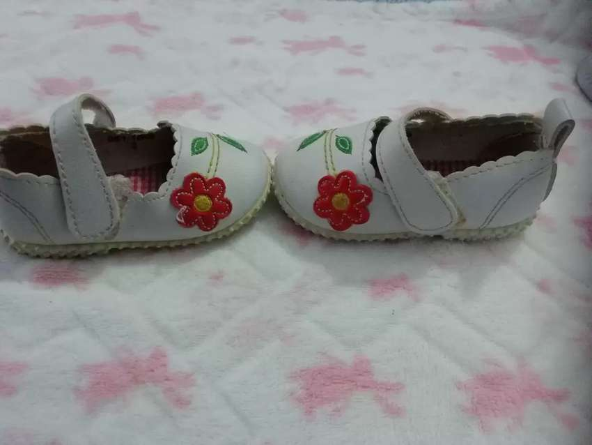 Toddlers shoes pre loved 0